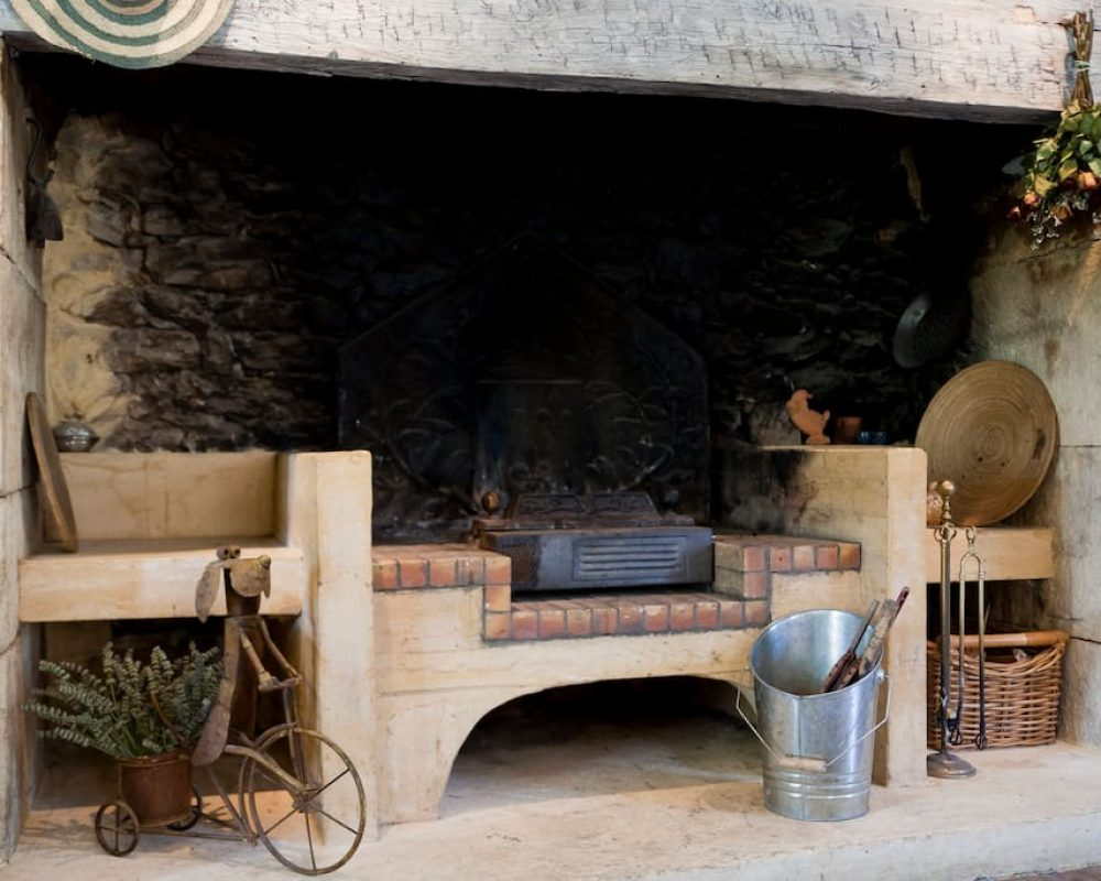 gite-sarlat-castelnaud-cheminee